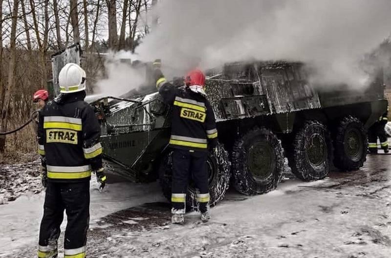 БТР Stryker 2-ого кавалерийского полка американской армии загорелся в Польше